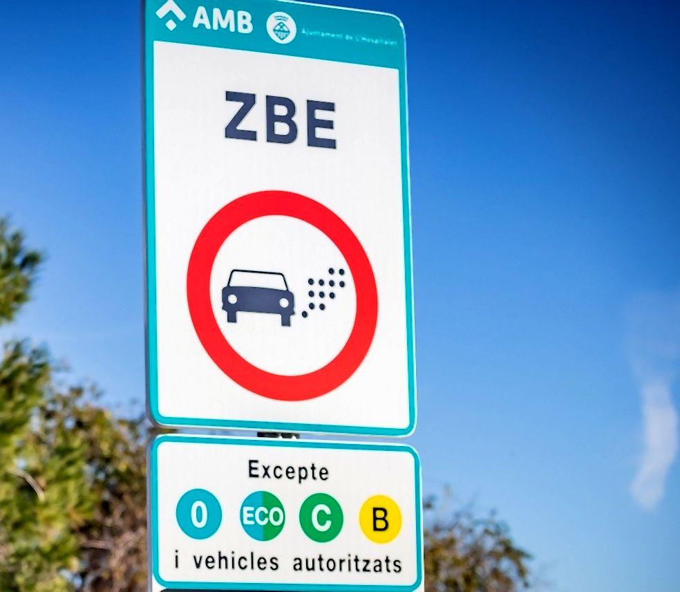 Senyal que indica l'accés a la ZBE